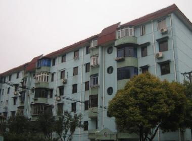 康泉公寓(三泉路820弄) 2室2厅1卫