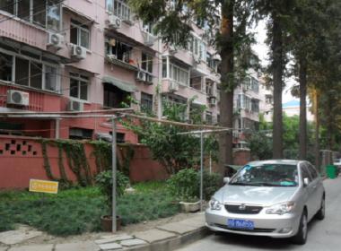 新华小区西区(鹤庆路641弄) 2室1厅1卫