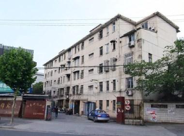 淞南新村小区 2室1厅1卫