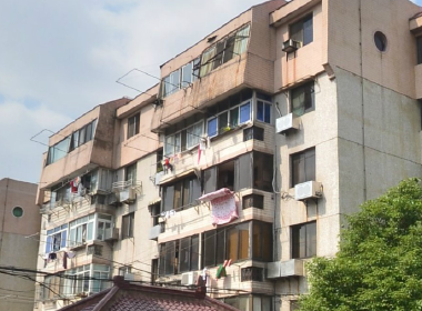 广虹公寓 3室2厅1卫