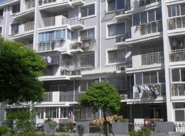 建华公寓 1室0厅0卫