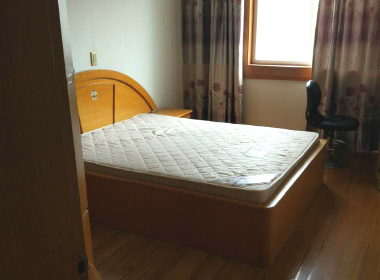江虹花园 3室2厅2卫