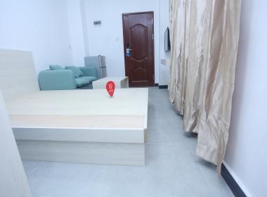 鸿森公寓 1室0厅1卫