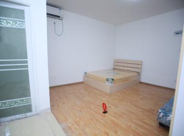 创客坊公寓 1室0厅1卫