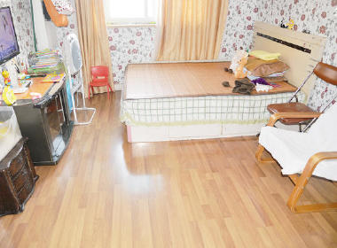 平广大楼 2室1厅1卫