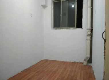 龙沟新苑 1室0厅0卫