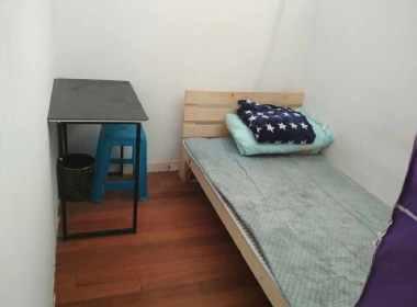 新翔公寓 1室0厅0卫