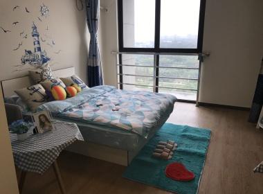魔方公寓(莲花南路店) 1室0厅1卫