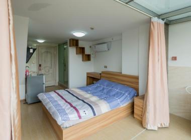 芦荟公寓(五栋) 1室0厅1卫