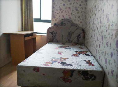 华泾绿苑二期 1室0厅0卫
