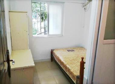 南光花园 1室0厅0卫