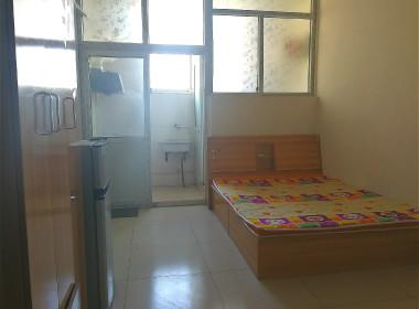 宏源公寓 1室0厅1卫