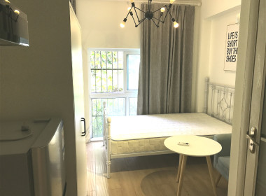 红璞公寓(昆仑店) 1室1厅1卫