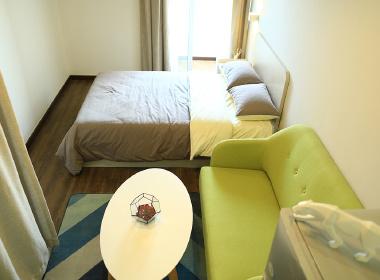 红璞公寓(水务大厦店) 2室1厅1卫