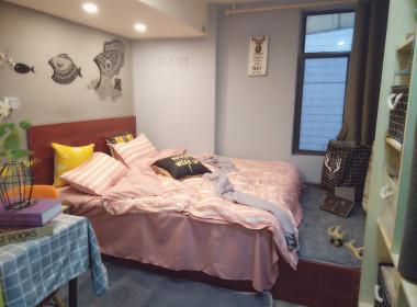 E+青年公寓(朝天宫店) 1室0厅1卫