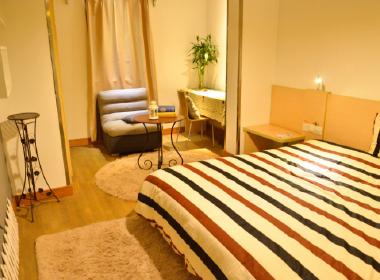 窝趣公寓 1室0厅1卫
