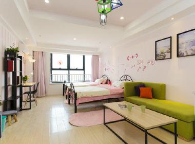 鹊巢公寓 1室0厅1卫
