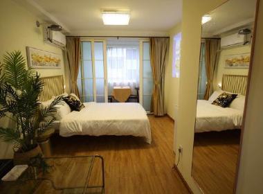 城家公寓(总部基地店) 1室0厅1卫