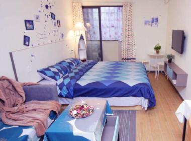 魔方公寓(水荫路店) 1室0厅1卫