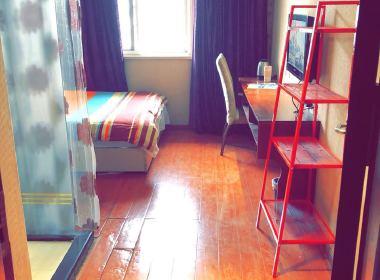 品家公寓 1室1厅1卫