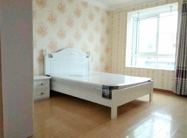 鑫峰苑 1室0厅1卫