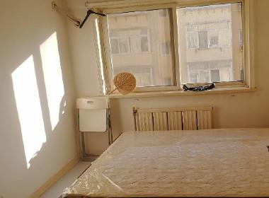 星海公园白领公寓 1室0厅1卫