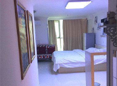 新领地公寓 1室0厅1卫