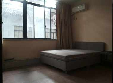 召楼路8号 1室0厅1卫