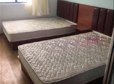 静雅公寓 1室0厅1卫