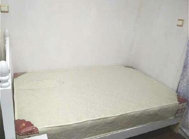 绿水家园 1室0厅0卫