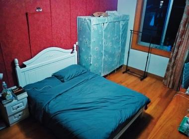 高乐小区 1室0厅0卫