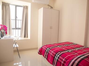 红璞公寓(大沙东店) 1室0厅1卫
