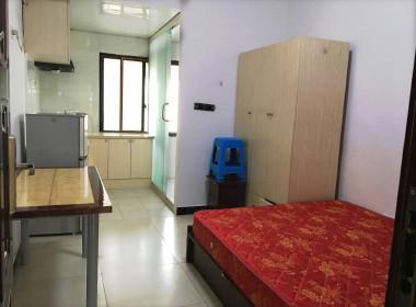青年居公寓 1室0厅1卫