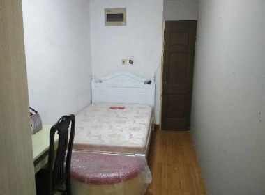龙馨嘉园 1室0厅0卫