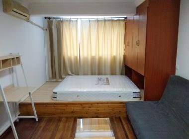 霍兰公寓 2室1厅1卫