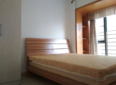 泰华阳光海 3室1厅1卫