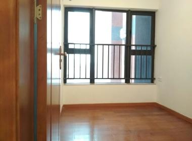儒骏城立方 4室1厅2卫