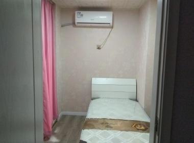 九城湖滨国际 1室0厅1卫