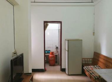 同德新街4号 1室1厅1卫