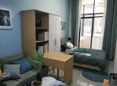 红璞公寓(沿江中路店) 1室0厅1卫
