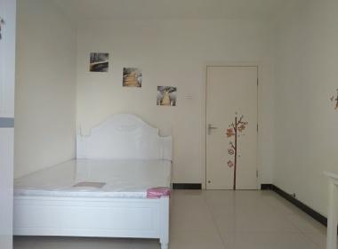 新龙城2期 1室0厅0卫