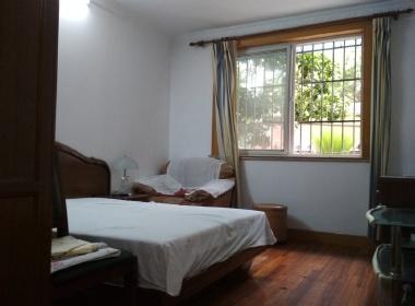 共康公寓 3室1厅1卫