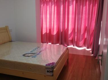 环球广场 2室1厅1卫