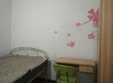龙跃苑东2区 1室0厅0卫