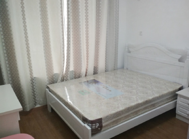 翔瑞新苑东区(鹤槎路182弄) 2室1厅2卫