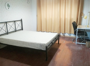 西藏北路991号 1室1厅1卫
