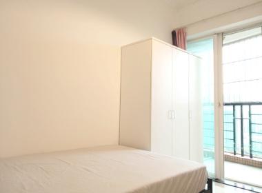 怡新花园 1室0厅0卫