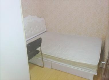广百西路18号院 1室0厅0卫
