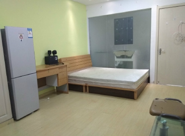 寺前浜小区(浦东大道226弄) 1室1厅1卫