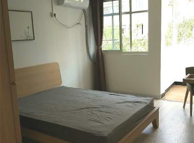 石榴苑(武威路1236弄21支弄) 2室1厅1卫
